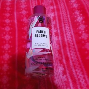 Pink body spray